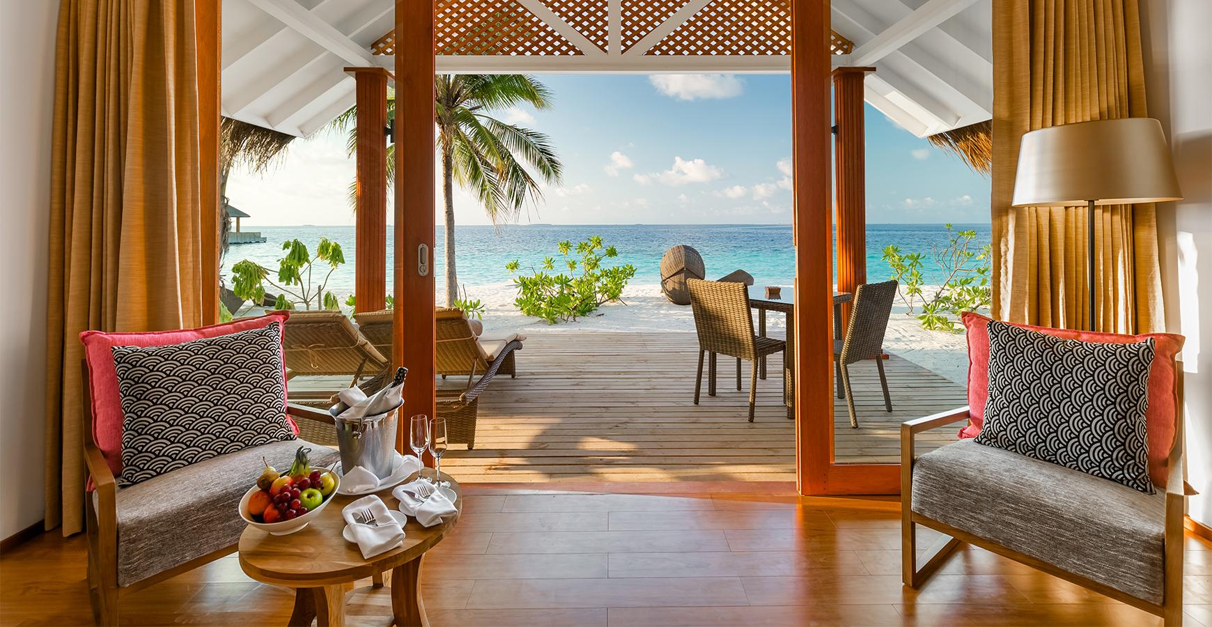חדר פונה לים - מלון במלדיביים
